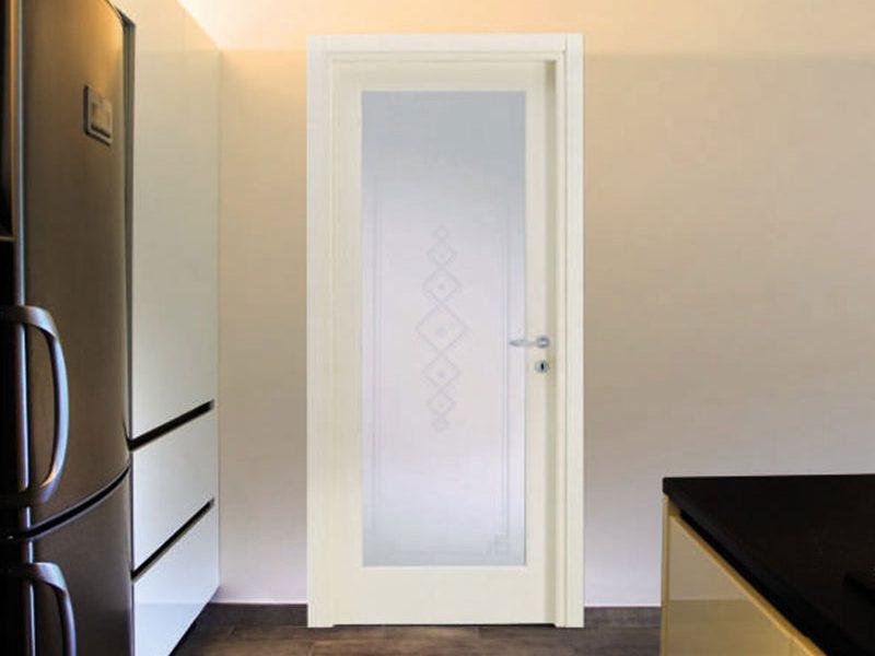 דלתות פנים וחוץ לבן עם זכוכית CH_P