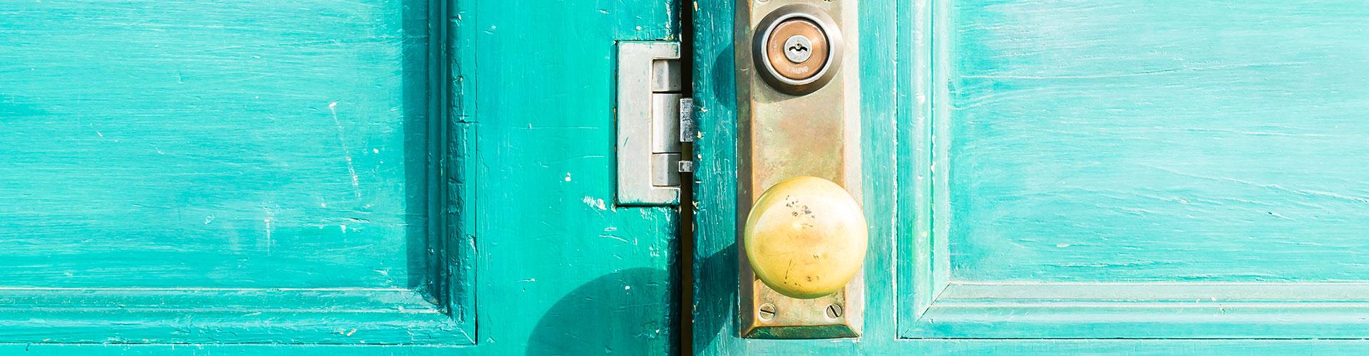 איך לבחור דלתות פנים מעוצבות לבית?